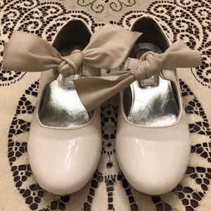 KENNETH COLE WHITE DRESS SHOES